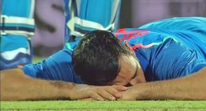 Read Scoops MS Dhoni2