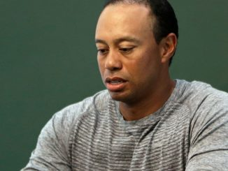 Read Scoops Tiger Woods