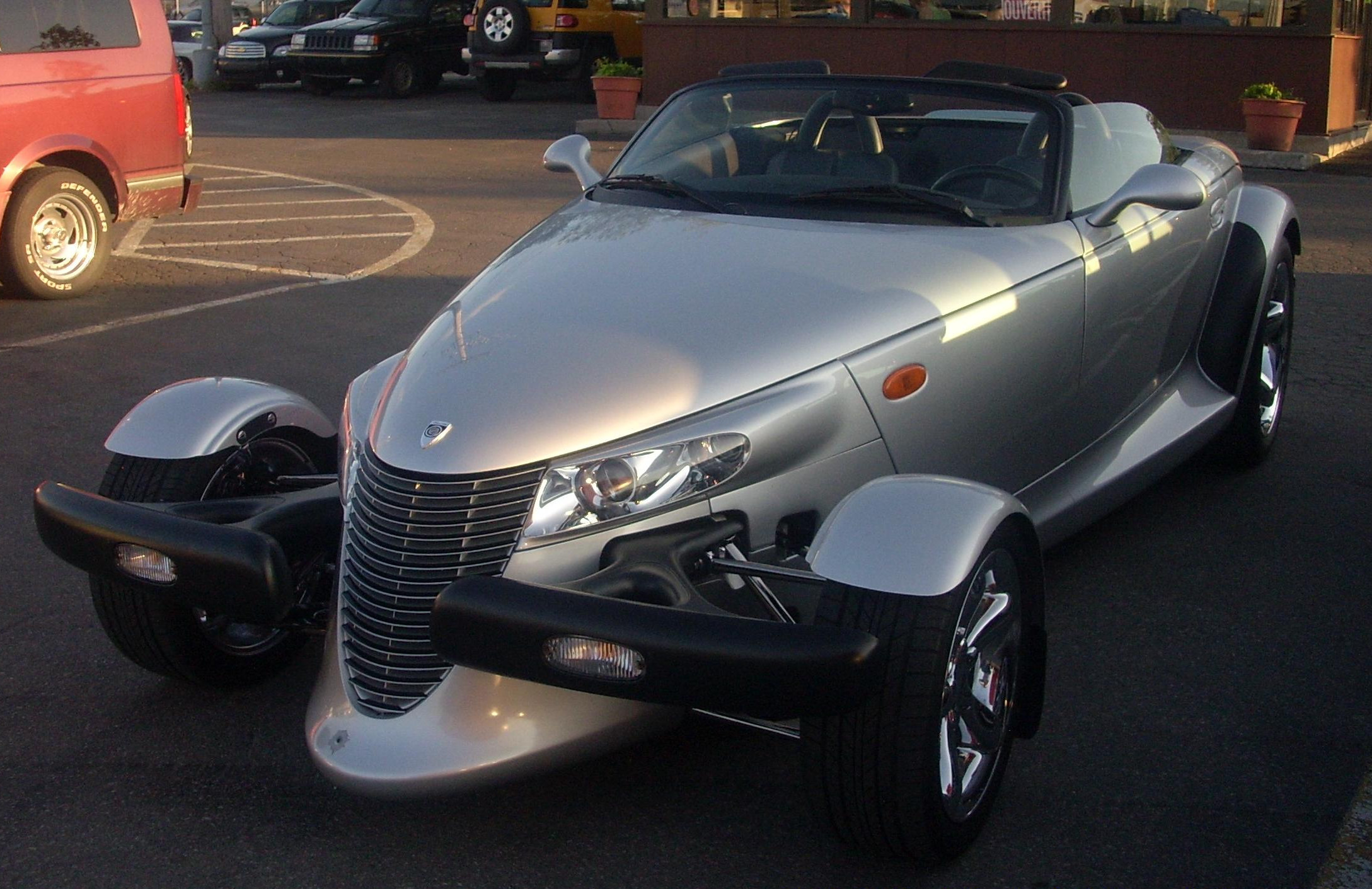Top 6 Funniest Designed Cars Ever | Read Scoops