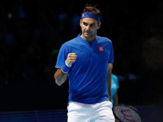 Roger Federer progresses to 2018 ATP Finals semi final